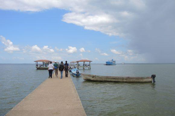 Radio Luz en Honduras entrevista a nuestras misioneras Ana e Idoia